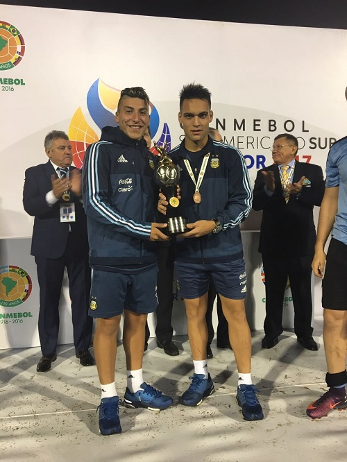 Lautaro Martinez and Marcelo Torres lift the top goalscorer trophy as Argentina pick up the win and qualify for the U20 World Cup.
